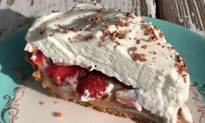 This summery pie from Shannon Rollins has a graham cracker crust, layers of toffee and fresh strawberries, and a whipped cream topping. (Photo by Shannon Rollins)