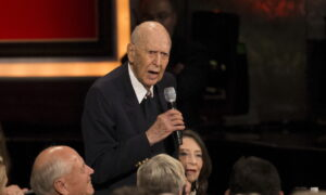 Carl Reiner, Creator of 'Dick Van Dyke Show,' Dead at 98