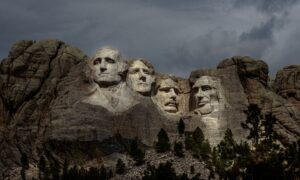 South Dakota Governor: No Social Distancing, Masks Optional at Mount Rushmore Event