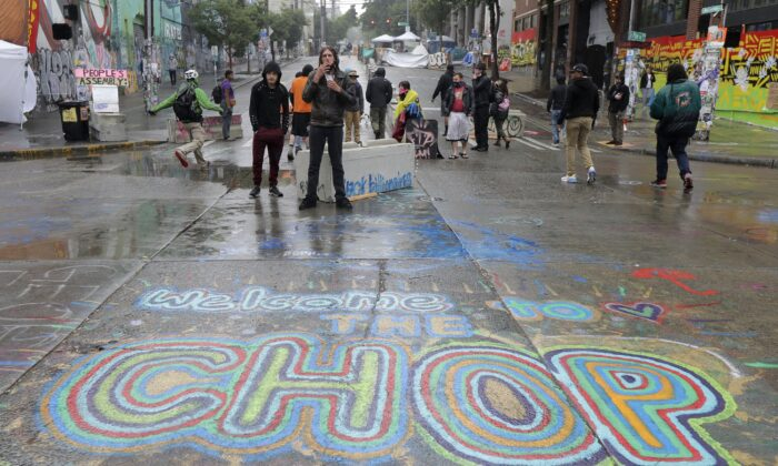 Seattle Police Clear Autonomous Zone After Mayor Declares Unlawful Assembly