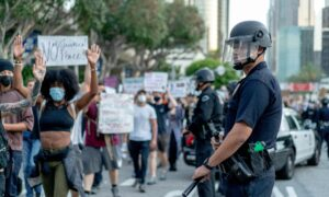 Los Angeles Council Votes to Cut LAPD Budget, Reduce Police Staffing