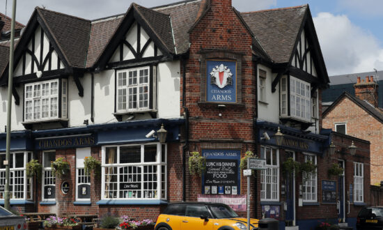 English Pubs Are Reopening: They Won't Be the Same