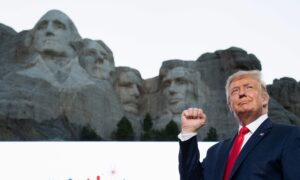 LIVE: President Trump and The First Lady participate in the 2020 Mount Rushmore Fireworks Celebrations