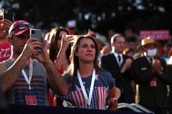 americans celebrating july 4