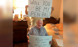 Senior Residents at Assisted-Living Community Look for Pen Pals Amid Isolation
