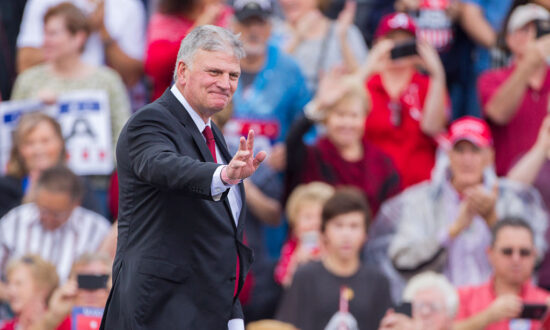 Evangelist Franklin Graham Says Trump's Wealth Declined During Presidency Because He Put 'America First'