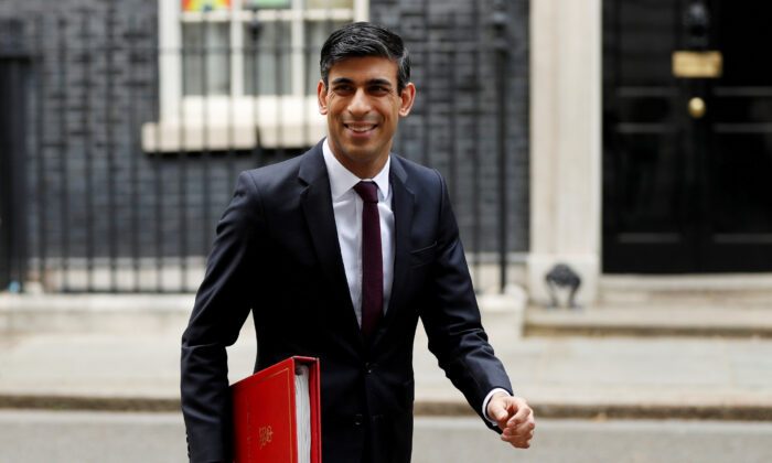 Chancellor of the Exchequer Rishi Sunak leaves Downing Street, following the outbreak of the coronavirus disease (COVID-19), London, Britain, on May 4, 2020. (John Sibley/Reuters)