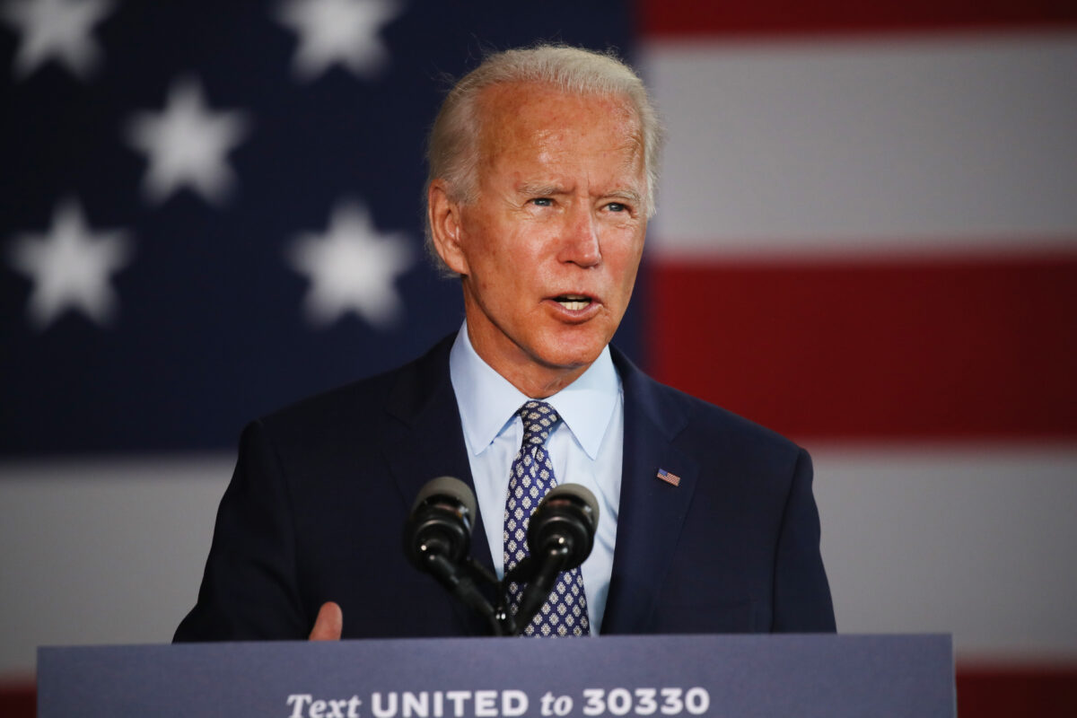 Howard Kurtz says the press should be 'pressuring' Biden to 'answer questions'
