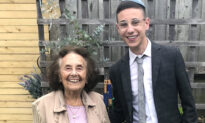 Auschwitz Survivor to Meet the Family of a Soldier Whose Kind Gesture Once Gave Her Hope