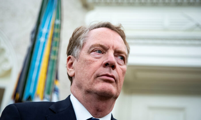 U.S. Trade Representative Robert Lighthizer during a meeting in the Oval Office of the White House in Washington, Sept. 16, 2019.  (Al Drago/Reuters)