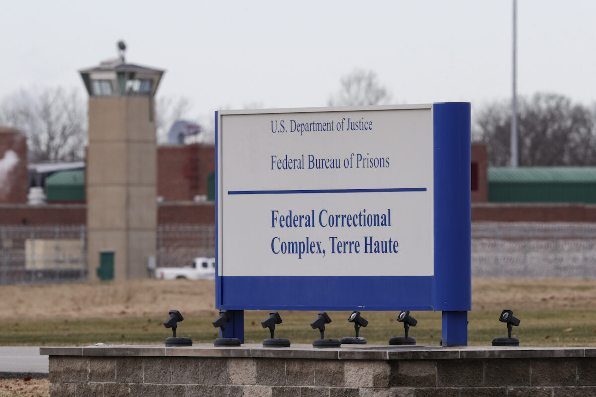 Judge Halts First Federal Execution in 17 Years,...