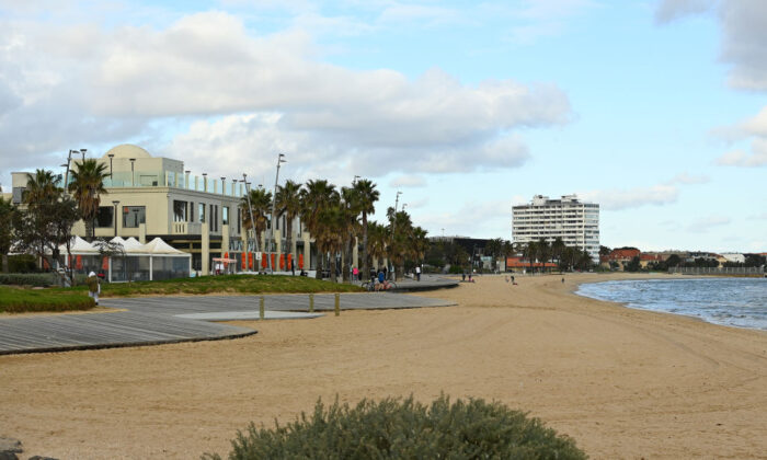 An empty St Kilda Beach on July 13, 2020 in Melbourne, Australia after the city returned to lockdown following the rise in COVID-19 cases through community transmissions. (Quinn Rooney/Getty Images)