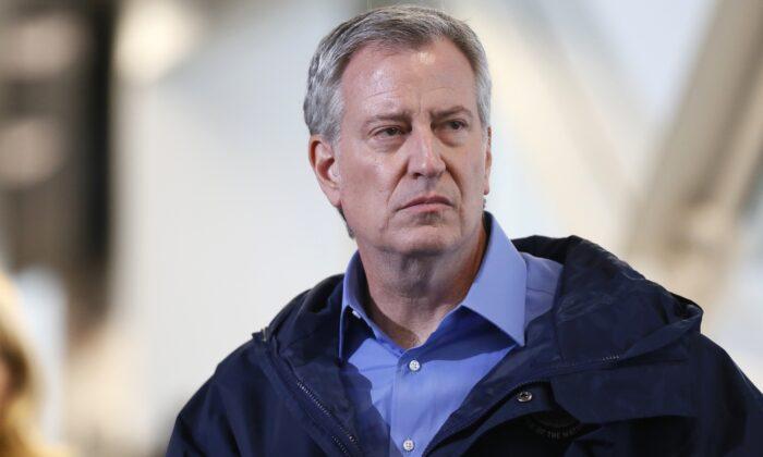 New York City Mayor Bill de Blasio at a public appearance in New York, N.Y., on March 31, 2020. (Stefan Jeremiah/Reuters)
