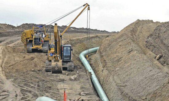 Dakota Access Pipeline Operator Faces $93,000 in Fines, Transportation Department Says