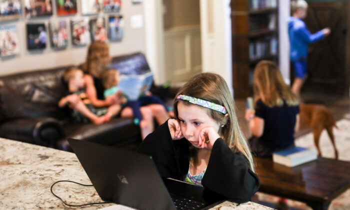 The Greszler family, including six children, have juggled work and school since March at home in Bethesda, Md., on July 11, 2020. (Charlotte Cuthbertson/The Epoch Times)