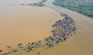 Chinese Villagers Plea for Help as Flooding Worsens, Authorities Let Rivers Breach Banks