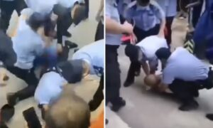 Chinese Residents Disagree With Authorities' CCP Virus Prevention Measures, Engage in Scuffle With Police