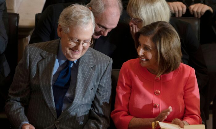 Speaker of the House Nancy Pelosi (R) and Senate Majority Leader Mitch McConnell on Capitol Hill in Washington, DC, on Jan. 15, 2020. (Jim Watson/AFP via Getty Images)