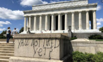 Man Who Vandalized Lincoln Memorial Could Get 10 Years in Jail