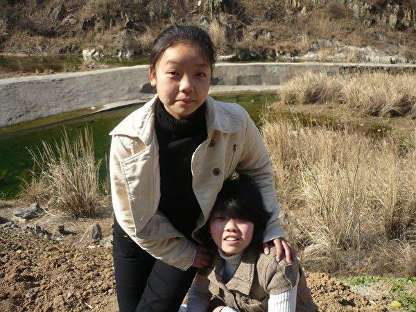 jiang lianjiao sister
