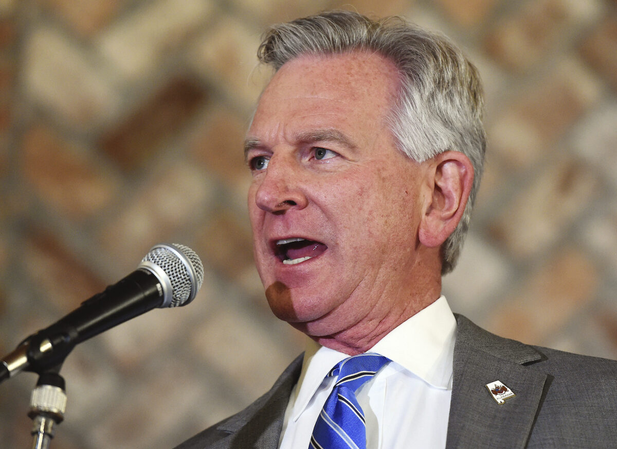 Tommy Tuberville Defeats Jeff Sessions to Win Alabama...