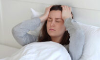 7 Ways the Wrong Pillow Can Negatively Affect Your Health: Acne, Allergies, Headaches
