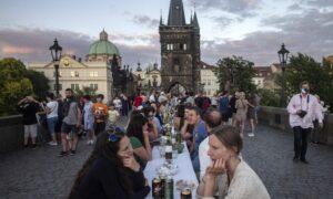 Prague Club Virus Outbreak Spreads to 98 People