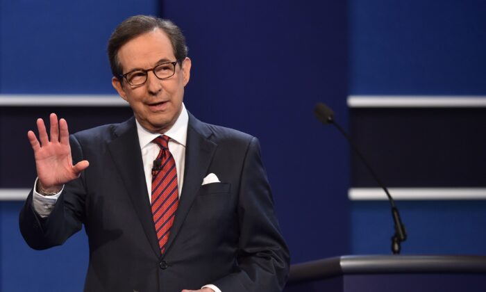 File photo showing Fox News' Chris Wallace serving as a debate moderator at the third and final presidential debate in Las Vegas, Nevada, on Oct. 19, 2016. (Paul Richards/AFP via Getty Images)