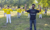 Falun Dafa Practitioners in California Mark 21 Years of Persecution