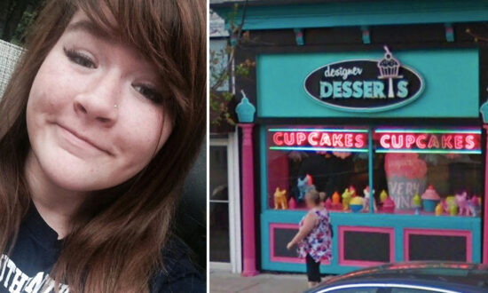 Teen Fat-Shamed by Rude Customer at Cupcake Store–but Her Comeback Teaches Them a Lesson
