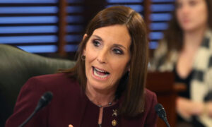 McSally Introduces Bills to Bar US Deals With Companies Linked to Chinese Military