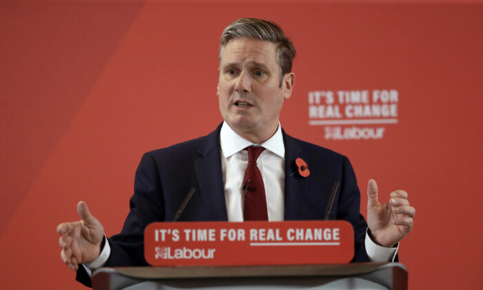Britain's opposition Labour party Shadow Secretary of State for Exiting the European Union Keir Starmer delivers a speech at their election campaign event on Brexit in Harlow, England, on Nov. 5, 2019. (Matt Dunham/AP Photo)