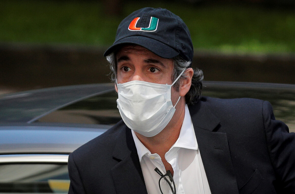 Michael Cohen wearing a mask