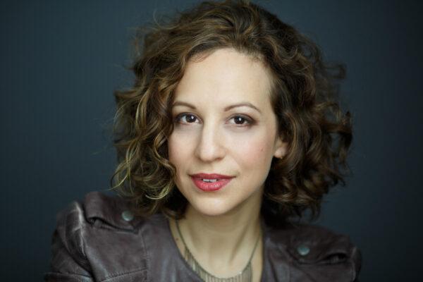 soprano Jennifer Zetlan