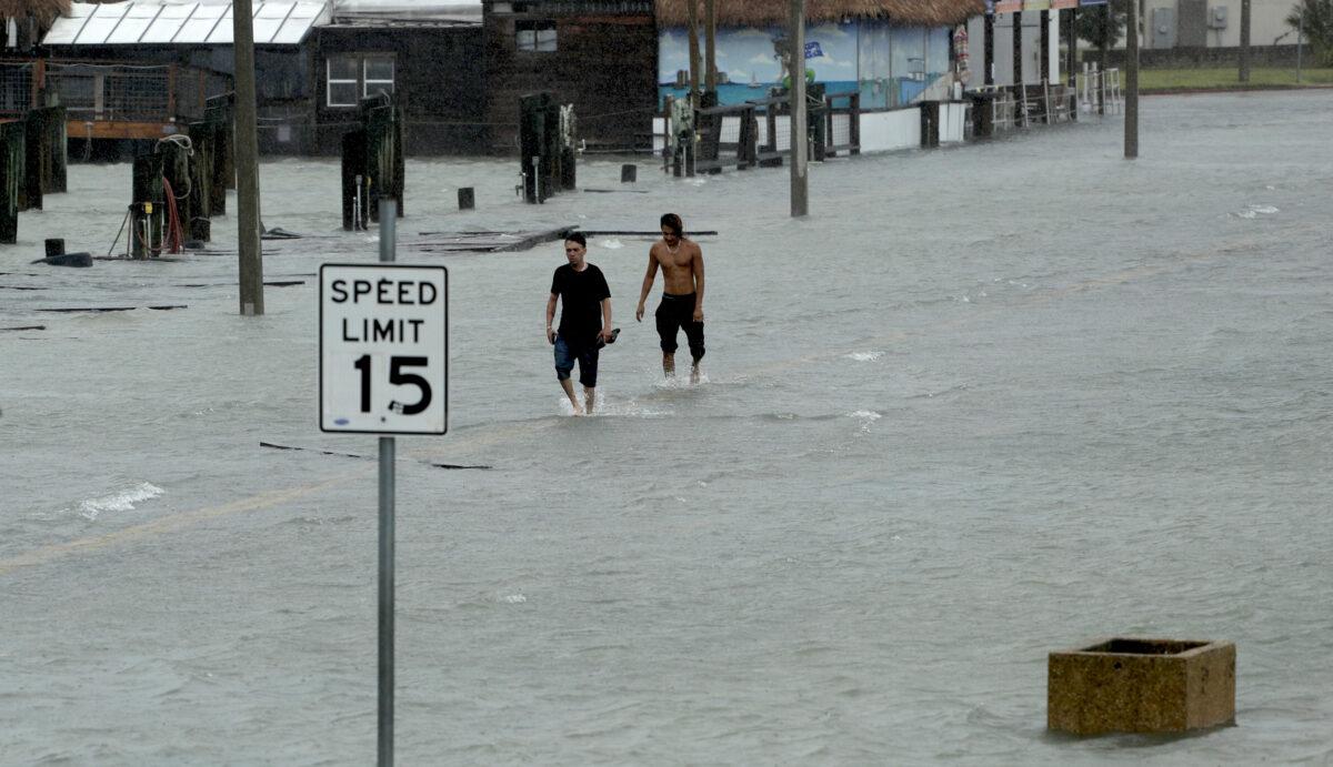 Flooded road as Hurricane Hanna makes landfall