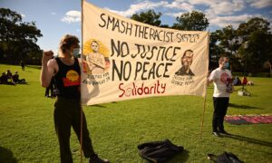 Sydney BLM Activists Defy Supreme Court Ruling and Demand Answers From State Premier