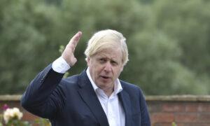 UK's Johnson Says Plan to Break Brexit Treaty Needed to Counter EU's 'Revolver'