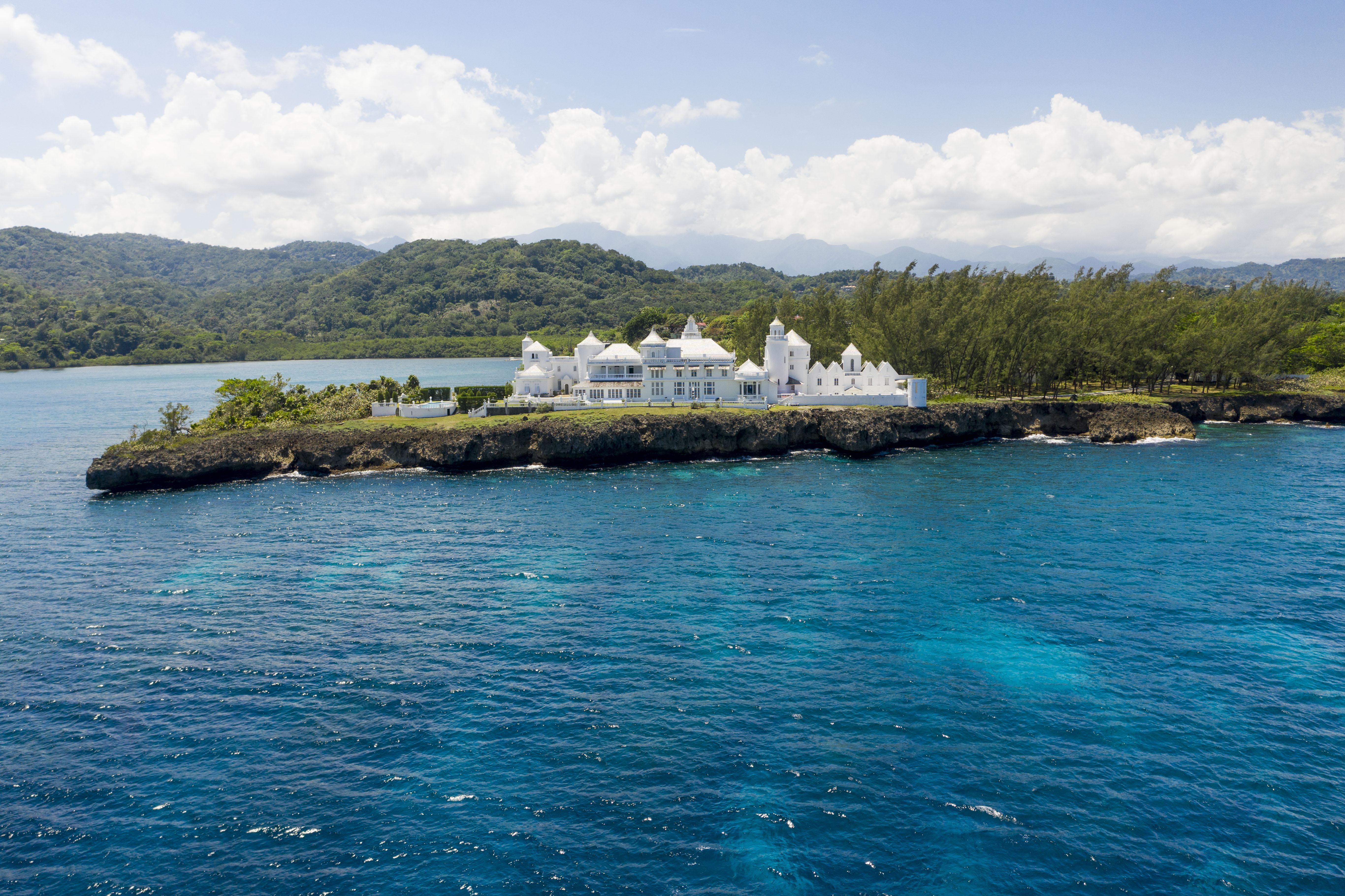 trident castle in jamaica