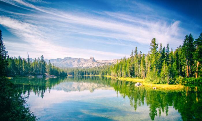 Mammoth Lakes, Calif. (Pabkov/Shutterstock)