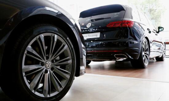 Volkswagen Cuts Dividend as Profits Evaporate in Pandemic Sales Slump