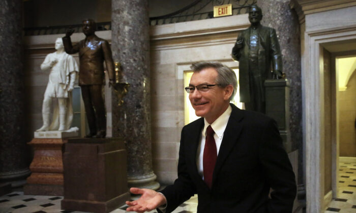 Rep. David Schweikert (R-Ariz.) at the Capitol on Capitol Hill in Washington, on Oct. 11, 2013. (Alex Wong/Getty Images)