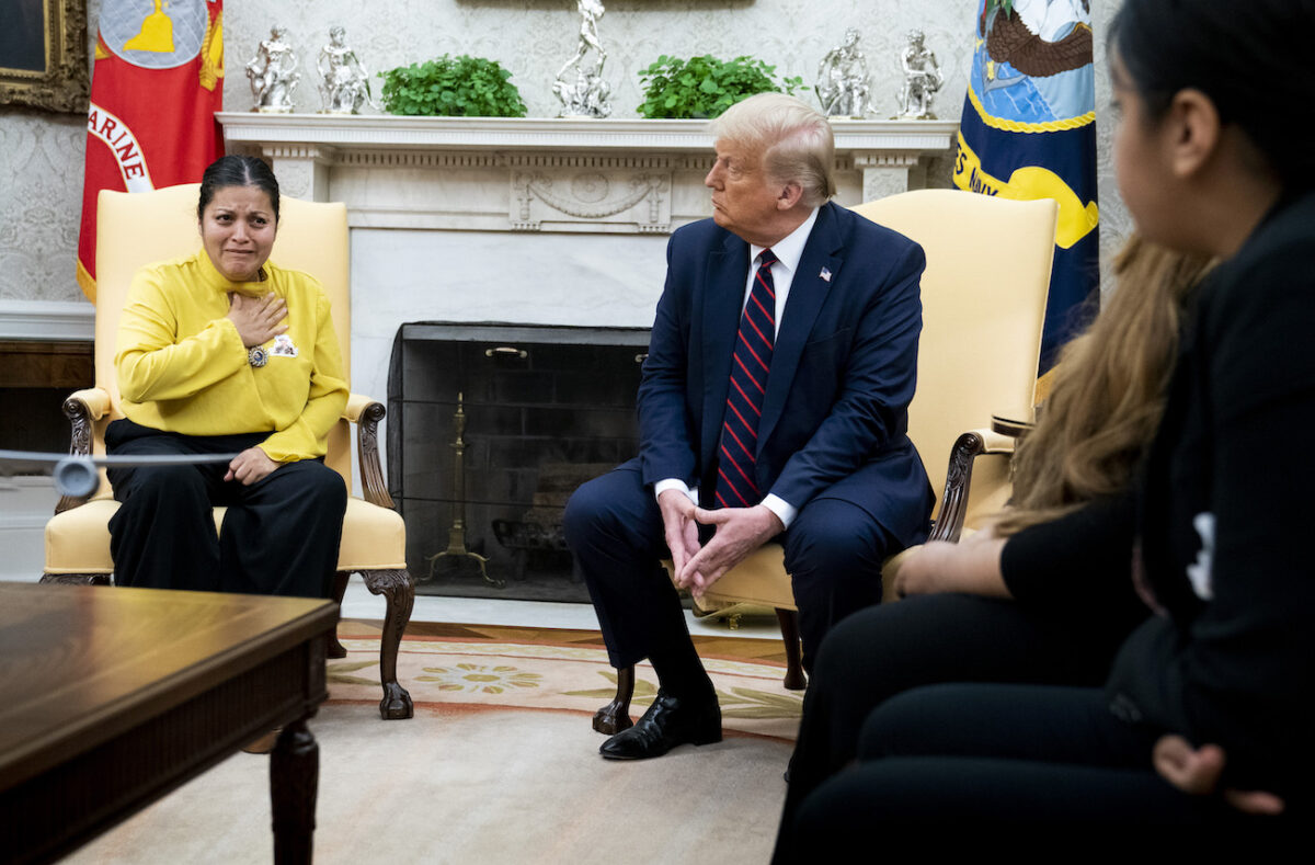 Trump Meets With Family of Slain Fort Hood...