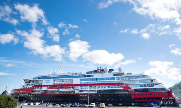 The MS Roald Amundsen ship, operated by Norway's Hurtigruten line, is seen after its crew members were diagnosed with the coronavirus disease (COVID-19), at a port in Tromso, Norway, on August 2, 2020. (Terje Pedersen/NTB Scanpix/ via Reuters)