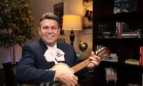 World-Renowned Mariachi Maestro Helps Latino Students Thrive in US