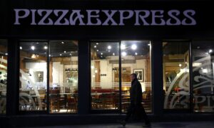 PizzaExpress May Shut 15 Percent of UK Outlets, Cut 1,100 Jobs