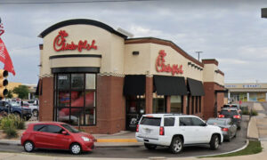 Chick-fil-A Celebrates Employee's 90th Birthday With a Fun Drive-Thru Parade