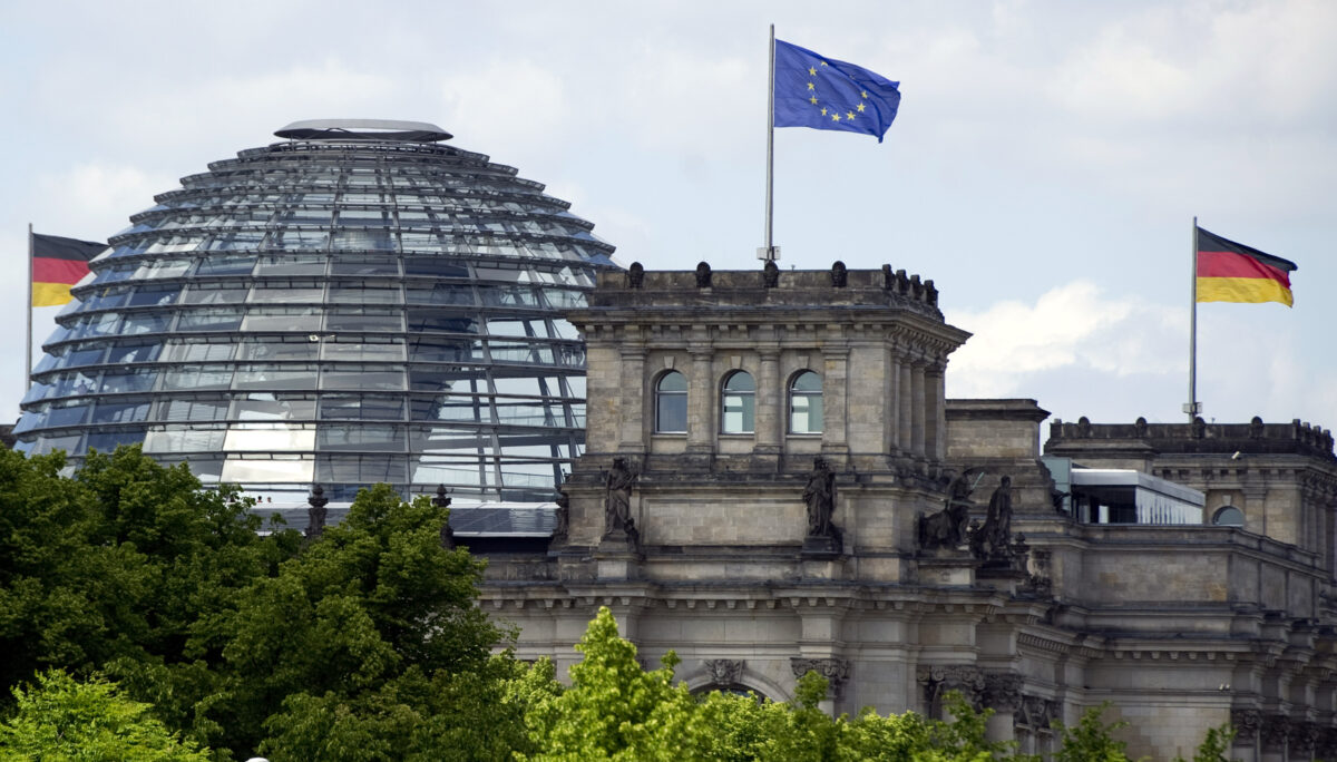 German Minister Calls for EU Unity in Dealing With China