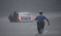 Tropical Storm Isaias Kills At Least 6 along US East Coast