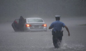Tropical Storm Isaias Kills At Least 6 along US East Coast
