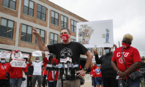 Chicago Teachers Union Files Challenge to Delay School Reopenings